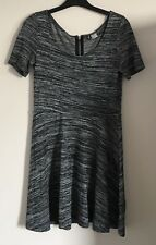 Divided at H&M Size M Ladies Short Sleeve Grey Dress, Casual Weekend
