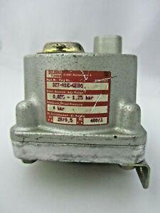 Barksdale / Delaval Turbine D2T-H18-GE80 Pressure Switch 0.025-1.25 bar