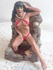 OOAK Beautiful Vampirella Statue Professionally Built And Painted - 2010