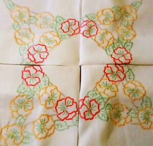 VINTAGE Tablecloth HAND EMBROIDERED Floral NASTURTIUMS Stunning Needlework