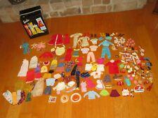 Vintage Ponytail BARBIE DOLL Case Clothing Outfit Doll & More (V279)