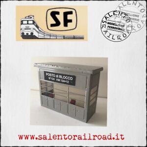 S.F. E031G cabina di blocco FS per stazione ferroviaria (grigia) 1:87