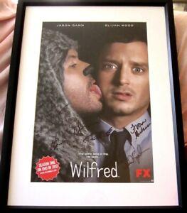 Wilfred cast signed 2011 SDCC poster framed Elijah Wood Brown Gann Gubelmann COA