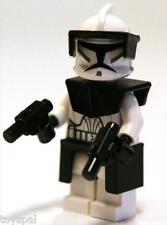 STAR WARS LEGO FIGURE CLONE WAR COMMANDER 8014 BLACK ARMOR KAMA PAULDRON 2 GUNS@