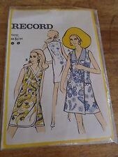 """ANCIEN PATRON FEMMES D'AUJOURD'HUI """"ROBE POP """" T 40/42   ANNEE 1970"""