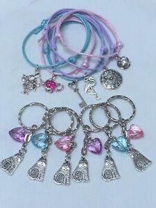 ALICE IN WONDERLAND x12 PCES friendship bracelets & keyring  Party BAG Fillers