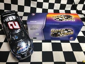 2005 Rusty Wallace Miller Last Call Bud Shootout Color Chrome 1/24 Action FRFO