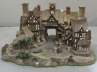 1990 Lilliput Lane Cottage - The Kings Arms Figure