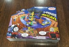 Fisher-Price Thomas the Train Minis DC Super Friends Batcave Set