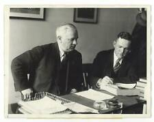 1926 Rogers Hornsby Signs Contract w John McGraw NY Giants ORIGINAL NEWS PHOTO