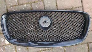 Jaguar XF Sport Grill