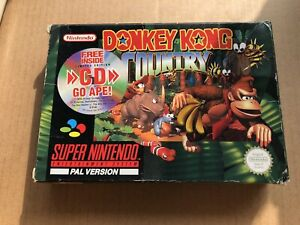 Donkey Kong Country SNES EMPTY BOX AND MANUAL ONLY