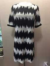 Lucyparis Dress SIZE Medium Black cream ZigZag Print Dress