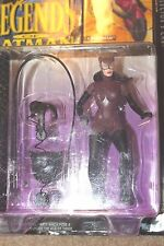 Kenner  Legends of Batman  CATWOMAN  Action Figure   No. 64033  1994  New in Box
