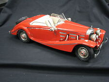 Pocher Mercedes-Benz 540K Roadster 1936 1:8 Red (Built Kit)