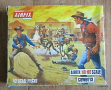 BOITE SOLDATS AIRFIX HO-OO ECHELLE 1:72 / S7-50 COWBOYS ~ VINTAGE