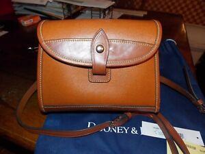 ORIGINAL DOONEY & BOURKE BROWN FLAP CROSSBODY PURSE W/STORAGE BAG, CLOTH INSIDE
