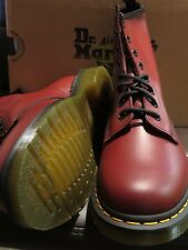 Dr Martens Ladies/unisex cherry red 8-eyelet classic boot size UK 7 New With Box