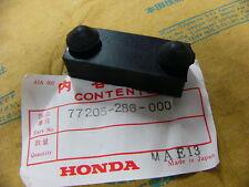 Honda CB 750 cuatro k0-k6 banco de asiento goma B original nuevo Rubber B, seat setting