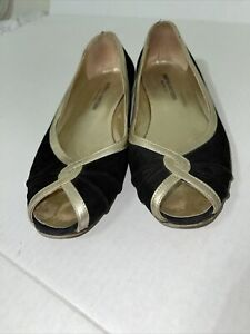 Andrea Carrano Black And Gold Open Toe Ballet Flats Size 8.5 39