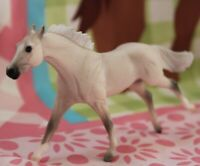#410185 BREYER STABLEMATE Horse, THOROUGHBRED G2, FleaBitten light grey
