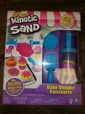 Kinetic Sand Bake Shoppe Playset with 1lb of Sand with Tools Age 3 up