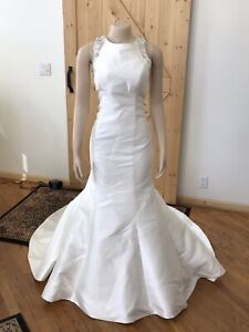 Provonias Wedding Gown Ivory Size 14  Trimmed With Diamonds This Gown Is Amazin
