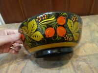 "vintage USSR Russian Khokhloma 7"" wood lacquer bowl - red gold black designs"