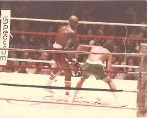 WILLIE THE WORM MONROE vs MARVIN HAGLER 8X10 PHOTO BOXING PICTURE