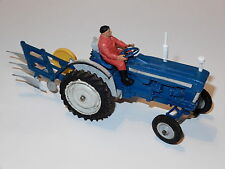 BRITAINS FARM #9527 FORD 5000 SUPER MAJOR TRACTOR & PLOUGH 1960s ENGLAND
