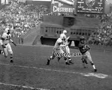 NFL 1950 Emlen Tunnell  New York Giants vs Cleveland Browns 8 X 10 Photo Picture