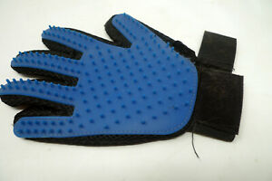 Allstar Products True Touch Deshedding Glove for Gentle Efficient Pet Grooming