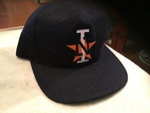 Sports Specialties I N SnapBack Hat