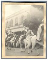 Tunisie, Tunis (تونس), Cavaliers  Vintage print.  Tirage platine  8x11  Ci