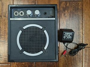 Harmony Portable Guitar AmplifIer Model 4050A Vintage Amp battery w power supply