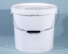 10 x 20 L Ltr Litre White Plastic Buckets Containers with Lids & Metal Handles