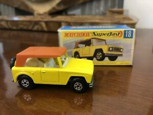 Matchbox Superfast No 18 Field Car With Box