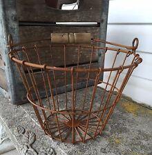 Small Primitive Rusty Wire Egg Basket Wood Handle Farmhouse Decor
