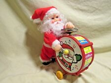 VINTAGE CHRISTMAS BATTERY OPERATED SANTA W/DRUM. WORKS! (BATTERIES INCL.)