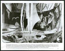 AIR AMERICA-8X10 B&W PHOTO-MEL GIBSON/R DOWNEY/CRASH FN