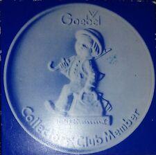 1976 Hummel Goebel Collectors' Club Porcelain Disc Paperweight Merry Wanderer