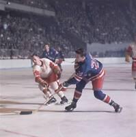 OLD LARGE NHL HOCKEY PHOTO, New York Rangers Phil Goyette 1967