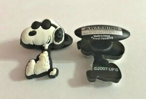 Snoopy in Sunglasses Figure Shoe-Doodle Snoopy Charm for Crocs PEA3017