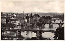 BT1988 une vue generale sur le 4 ponts Prag praha prague   czech republic