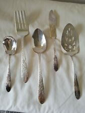 "Pretty Vintage /"" Rose /& Leaf  /"" Sugar Serving Spoon National Silver"