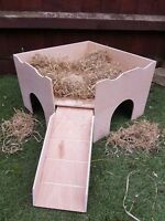 (NEW CORNER DESIGN) TWO STOREY GUINEA PIG CASTLE/ SHELTER.WITH HOOK ON RAMP