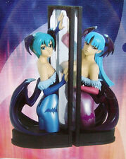 NEW Capcom VAMPIRE SAVIOR DX Panel Book End Figures Morrigan & Lilith USA SELLER