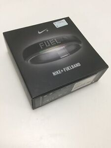 Nike + Fuelband Size M/L - Boxed