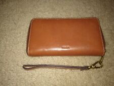 Fossil Women's Wallet Heidi Clutch Saddle Brown Pebbled Leather Zip gently used