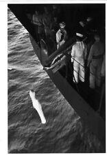WW2 - Photo-carte - Cérémonie mortuaire sur le P.A. USS Bunker Hill début 1944